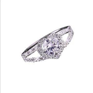 Silver Pretty Crown Lady Crystal Ring!
